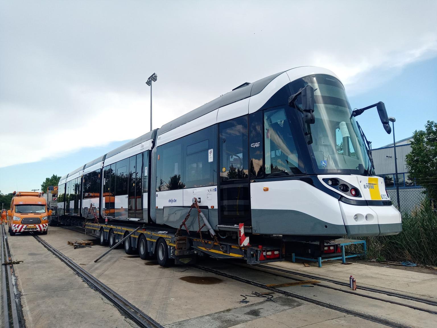 https://www.urban-transport-magazine.com/wp-content/uploads/2020/06/123-de-lijn.jpeg
